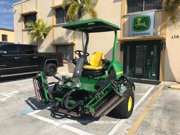 Pre-Owned John Deere 8700 in Boynton Beach, FL Photo 0