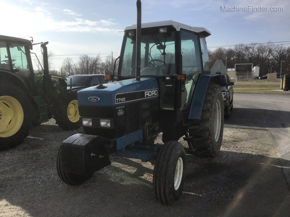 1994 New Holland 7740 Image 3