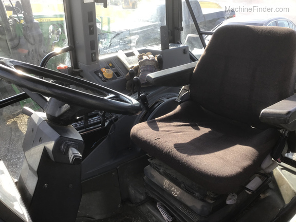 1994 New Holland 7740 Image 8
