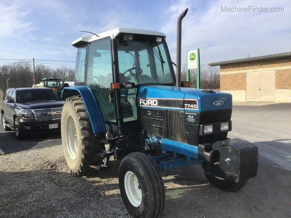 1994 New Holland 7740 Image 1