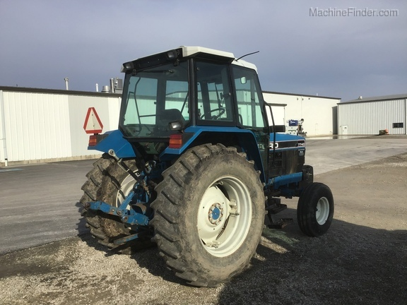 1994 New Holland 7740 Image 6