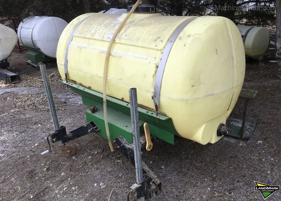 AGRI PRODUCTS 300 GALLON SINGLE WHEEL CONFIGURATION