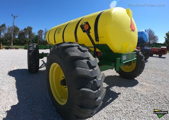 2016 Yetter 1600 Image 5