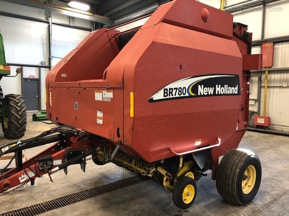2004 New Holland BR780