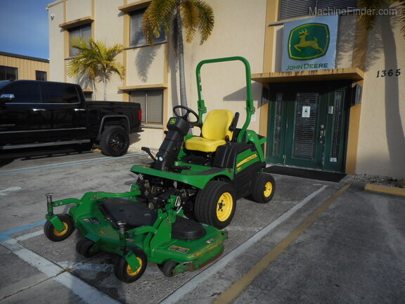 Pre-Owned John Deere 1550 in Boynton Beach, FL Photo 0