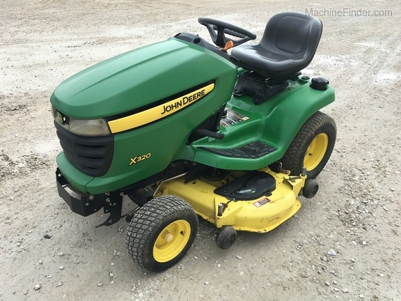 Photo of 2006 John Deere X320