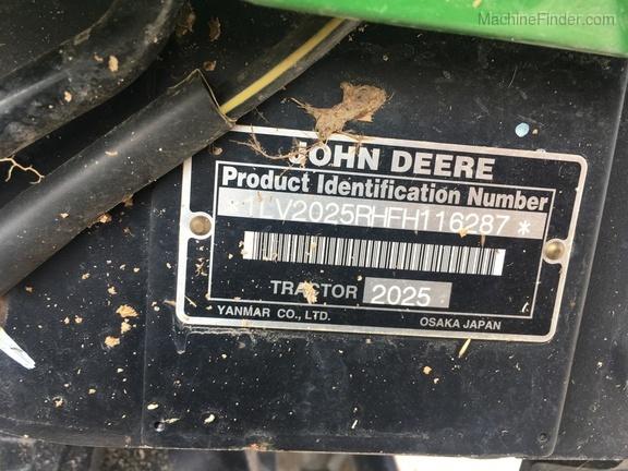 Photo of 2015 John Deere 2025R