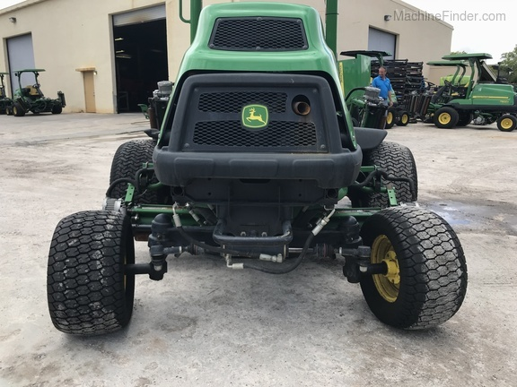 Pre-Owned John Deere 7500AE Fairway Mower in Boynton Beach, FL Photo 4