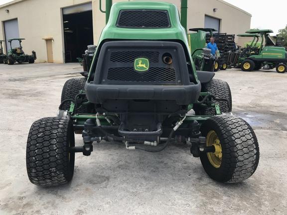 Pre-Owned John Deere 7500AE Fairway Mower in Boynton Beach, FL Photo 4