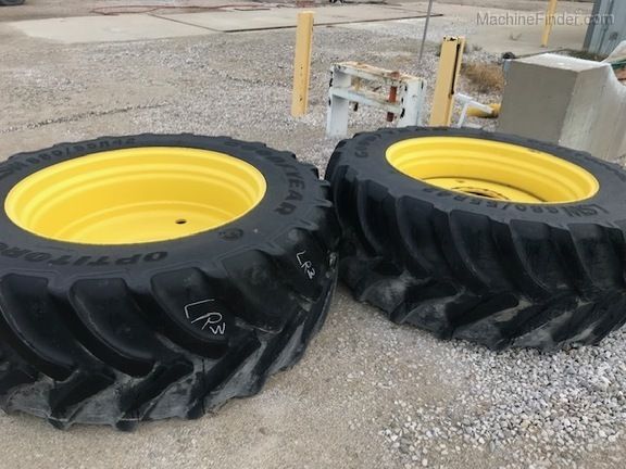 Photo of 2016 Goodyear LSW 680/55R42