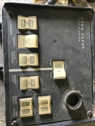 John Deere 7000 16R fold box