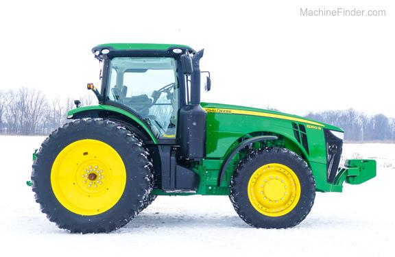 2013 John Deere 8260R-4