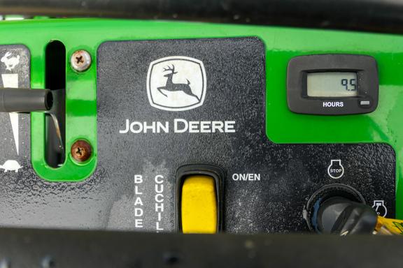 2017 John Deere 652R-7