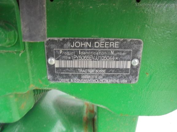John Deere 5065E