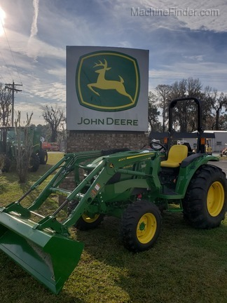 2018 John Deere 4044M