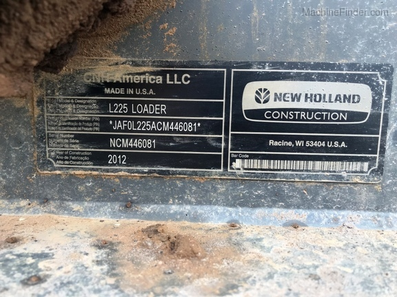2012 New Holland L225 Image 18