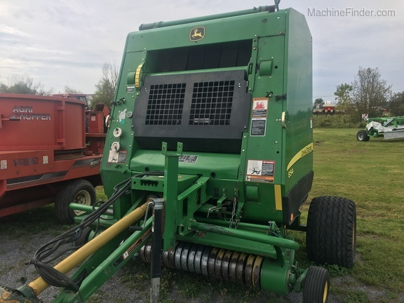 2011 John Deere 854 Silage Special Image 1