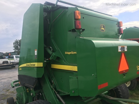 2011 John Deere 854 Silage Special Image 3