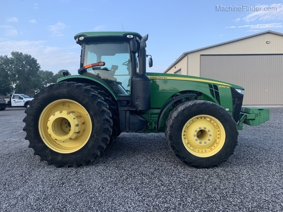 Photo of 2011 John Deere 8360R