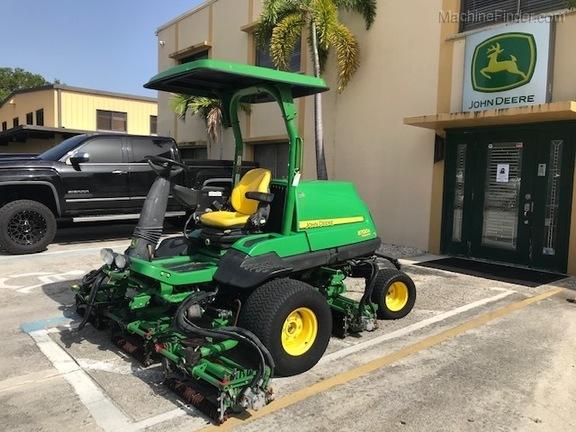 Pre-Owned John Deere 8700A in Boynton Beach, FL Photo 0