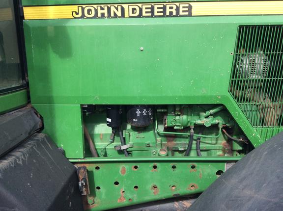 John Deere 7710