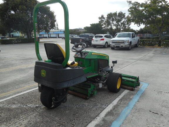 Pre-Owned John Deere 2653B in Boynton Beach, FL Photo 2