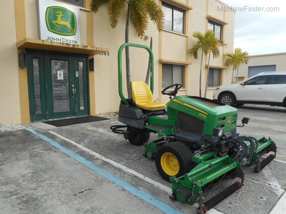 Pre-Owned John Deere 2653B in Boynton Beach, FL Photo 4