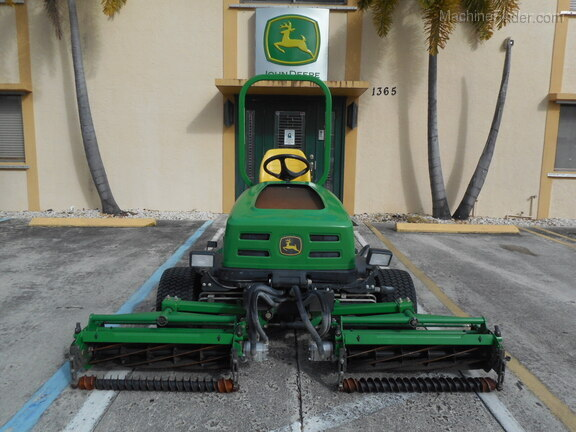 Pre-Owned John Deere 2653B in Boynton Beach, FL Photo 5
