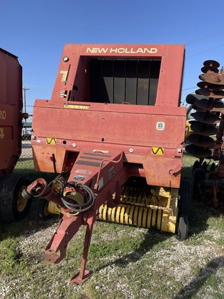 1995 New Holland 450 Image 2