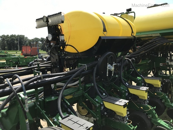 Equipment Details 2012 John Deere 1770nt Ccs