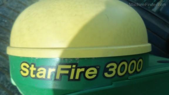 2011 John Deere 4930