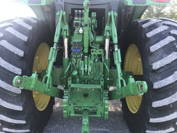 Photo of 2017 John Deere 6175R