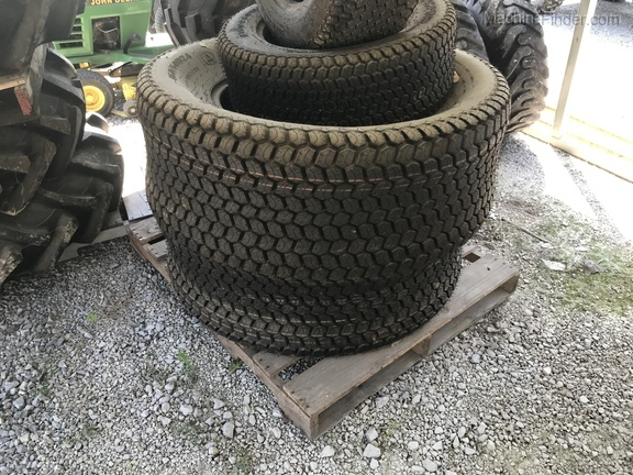 John Deere SET OF R3 TURF TIRES Image 6