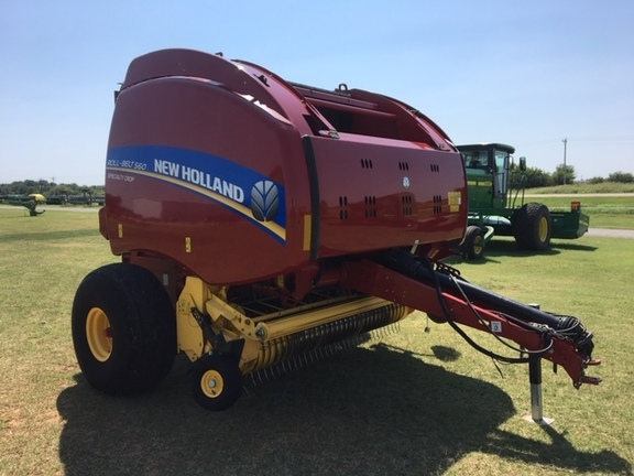 2016 New Holland Rollbelt 560 Image 4