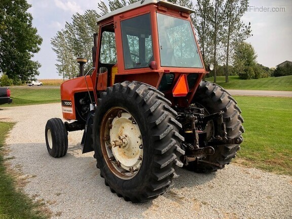 1979 Allis-Chalmers 7000 Image 3