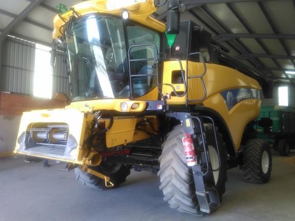 New Holland CX8040