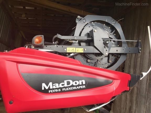 Photo of 2016 MacDon FD75-35
