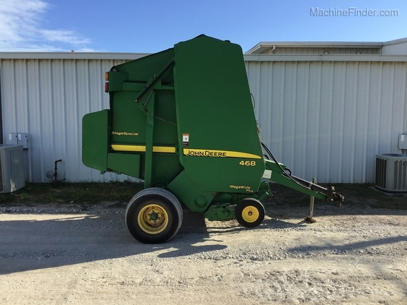 2008 John Deere 468 Silage Special Image 8