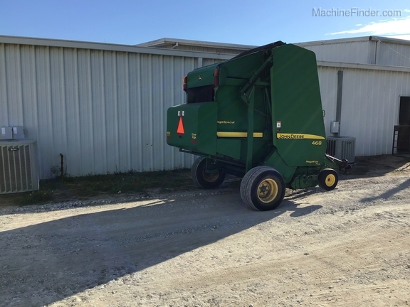 2008 John Deere 468 Silage Special Image 9