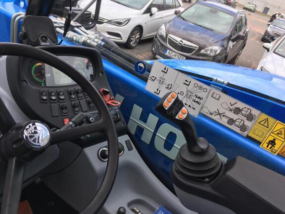 New Holland LM7.42 ELITE
