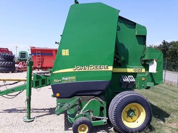 John Deere 582