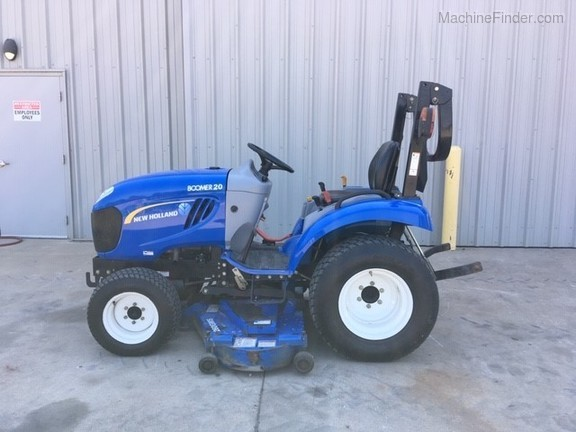 New Holland Boomer 20