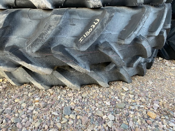Michelin 380/90R54 Image 2