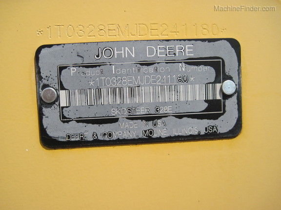 2013 John Deere 328E