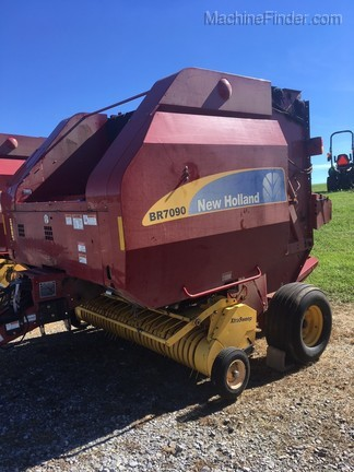 2010 New Holland BR7090