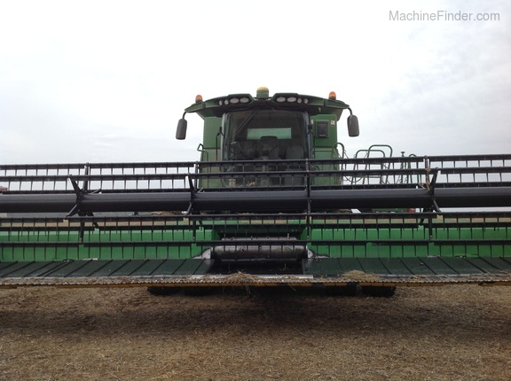 Photo of 2014 John Deere S670
