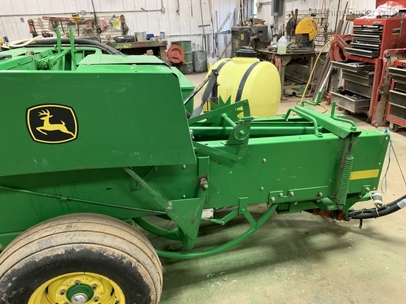 Photo of 2011 John Deere 338