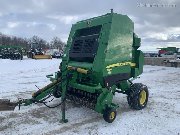2010 John Deere 854 Silage Special Image 1