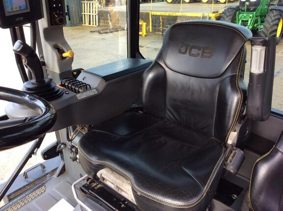 JCB FTRAC 4220
