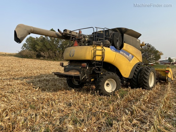 2014 New Holland CR6090 Image 5